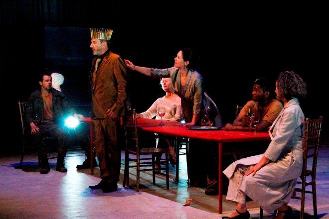 Edwin van der Walt, Dawid Minnaar, Antoinette Kellermann, Anna-Mart van der Merwe, Senzo Madikane and Jana Cilliers in Macbeth.slapeloos